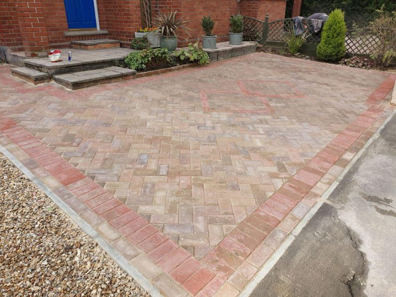 Replacement Driveway With Edging Kerbs in Milton Keynes